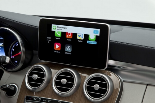 Apple расширила возможности функции CarPlay для управления системами автомобилей с помощью гаджетов