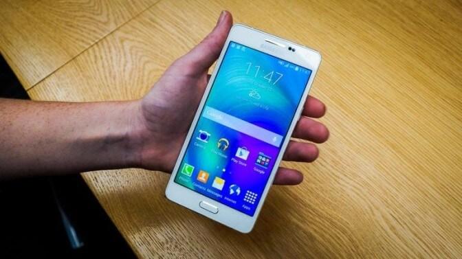 Samsung Pay будет интегрирован почти на все модели смартфонов Samsung 2017 года