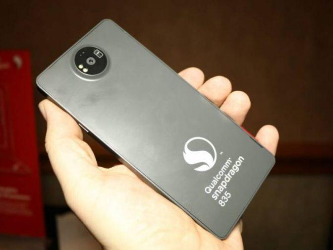 Смартфон Nokia 8 в России можно будет купить дешевле, чем в Европе