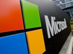 В «Майкрософт» придумали, как управлять смартфоном «без рук»