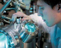 Русские физики работают над водородным наномотором для смартфонов