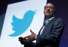   Twitter смог сократить свои убытки под конец 2014 года