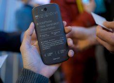 Журнал Forbes опубликовал обзор YotaPhone 2